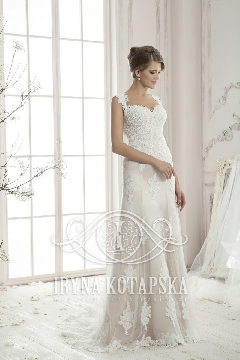 LAVINIA wedding dresses
