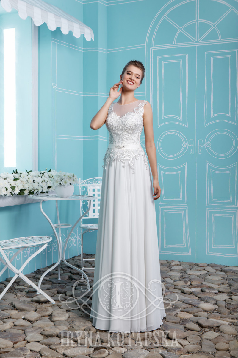 A ballgown wedding dress with lacing on the back