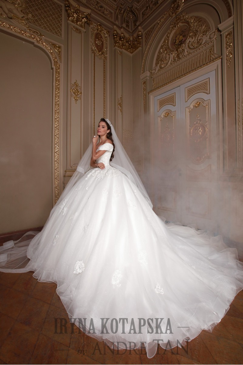 Wedding Dresses with Color Accents