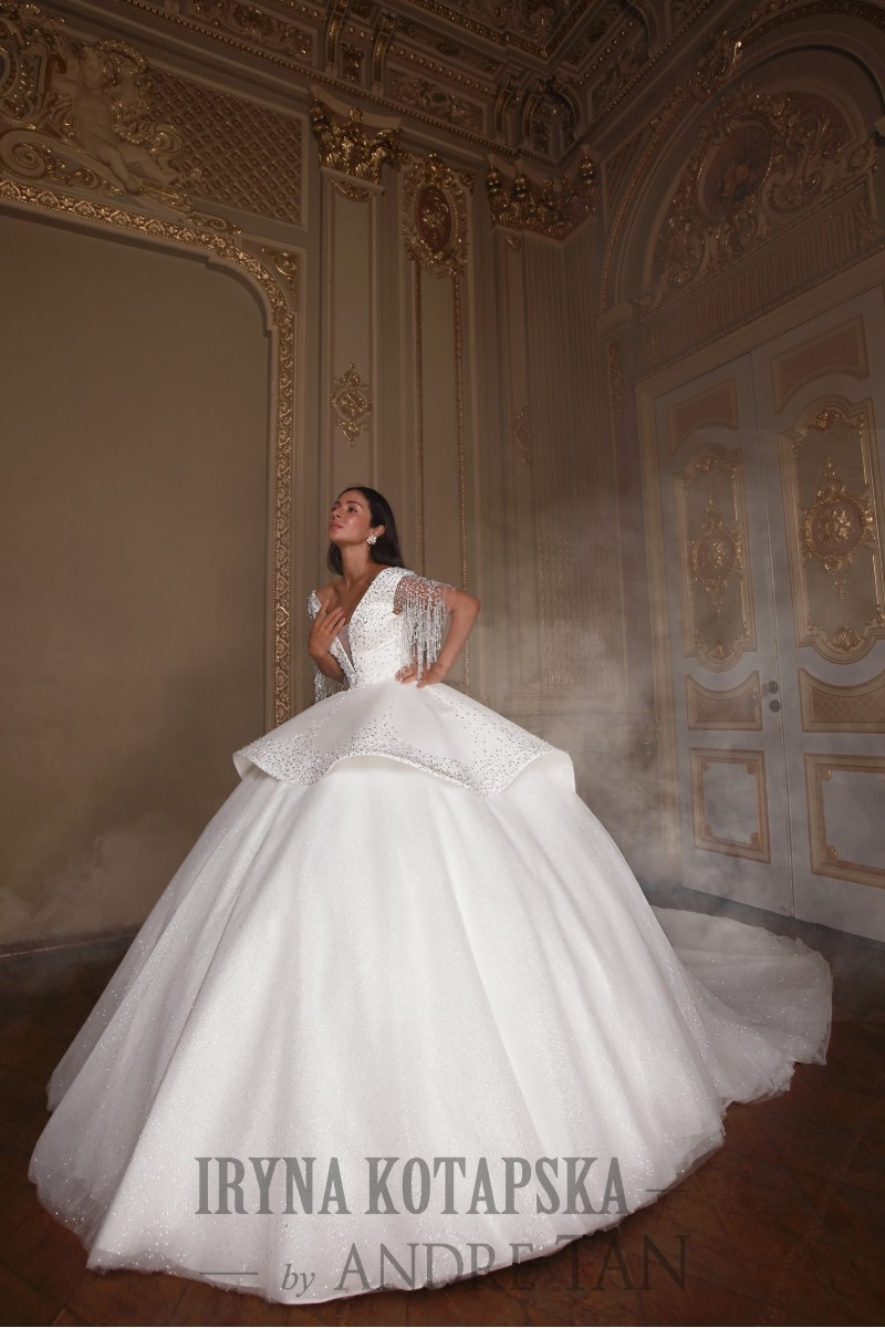 Wedding gowns online